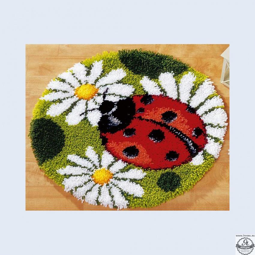Набор для вышивки коврика Божья коровка Vervaco 0014359-PN